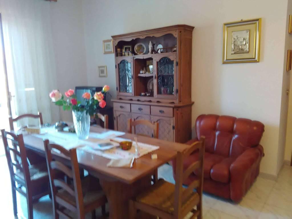 Appartamento in affitto a Vetralla, 7 locali, prezzo € 600 | CambioCasa.it
