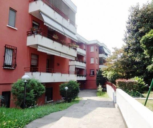 Appartamento in ottime condizioni in vendita Rif. 7253512