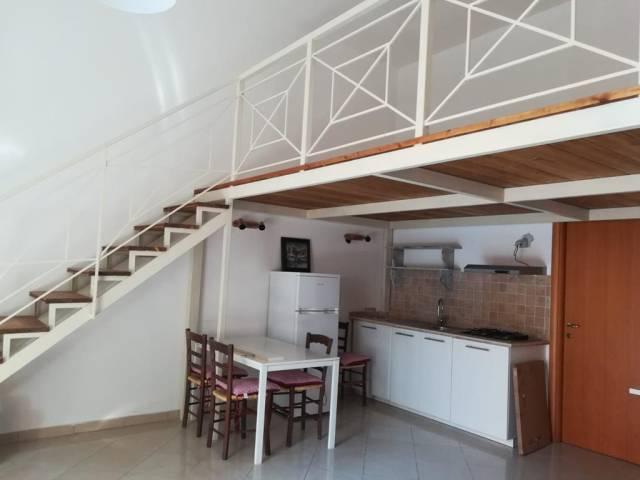Appartamento in buone condizioni arredato in affitto Rif. 7251728