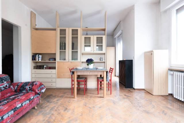 Appartamento in buone condizioni arredato in vendita Rif. 7256159