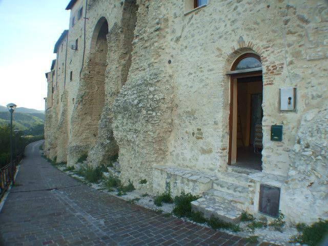 Poggio San Lorenzo (RI) Appartamento due livelli nel borgo