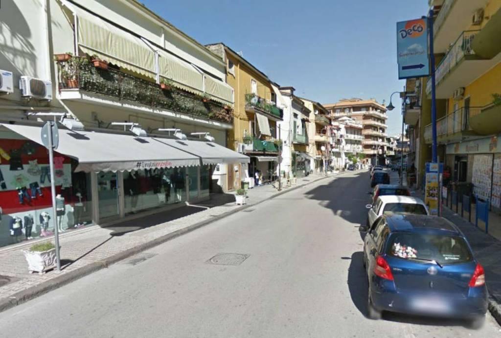 Appartamento con terrazzino pressi C.so Umberto I