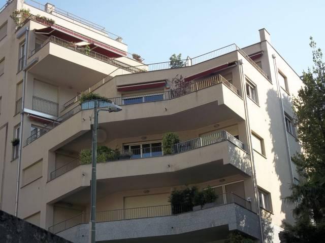 Appartamento in buone condizioni parzialmente arredato in affitto Rif. 7255125