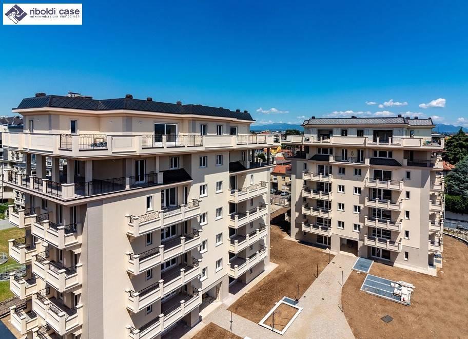 Appartamento in vendita a Seregno, 4 locali, prezzo € 495.000 | PortaleAgenzieImmobiliari.it