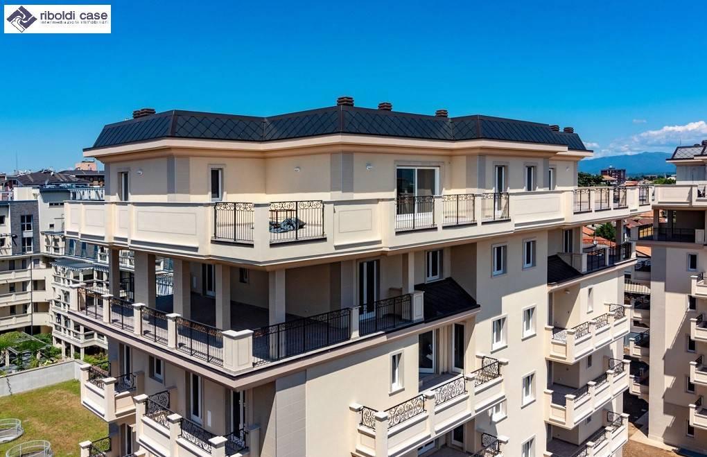Appartamento in vendita a Seregno, 4 locali, prezzo € 460.000 | PortaleAgenzieImmobiliari.it