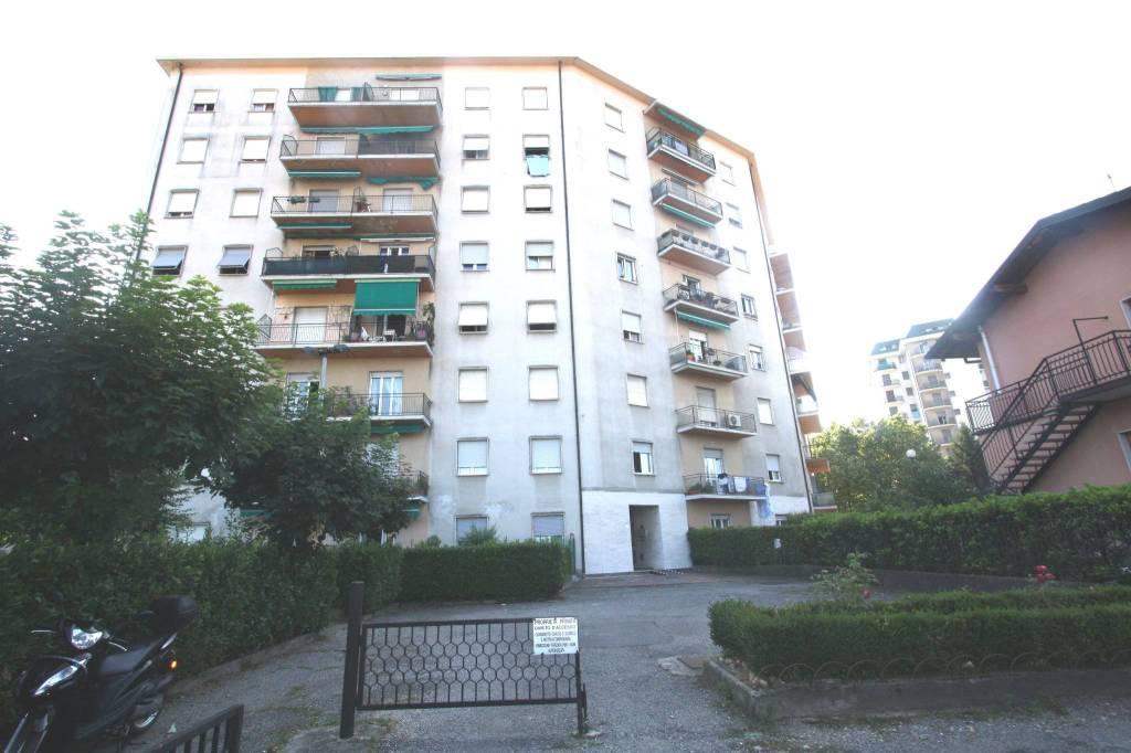 Appartamento in buone condizioni in vendita Rif. 7267294