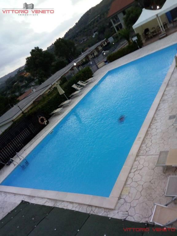 Appartamento in vendita a Laureana Cilento, 3 locali, prezzo € 119.000 | CambioCasa.it