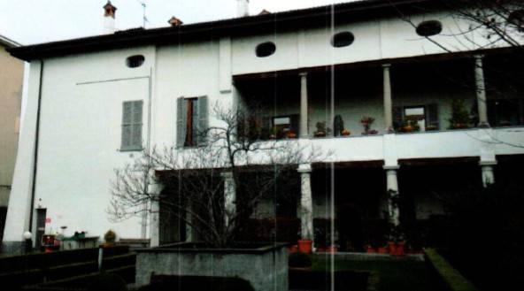 Appartamento in ottime condizioni in vendita Rif. 7270500