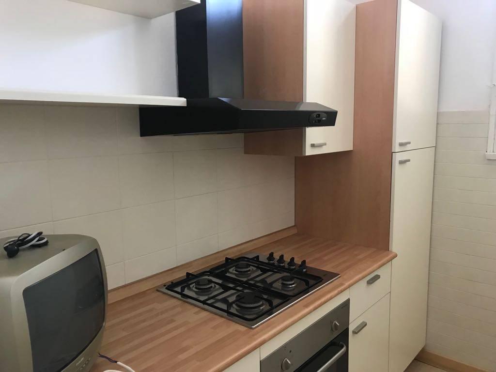 Appartamento in buone condizioni arredato in affitto Rif. 7268134
