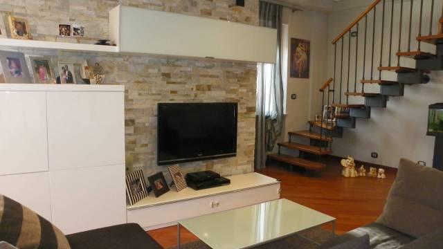Appartamento in ottime condizioni in vendita Rif. 7267096