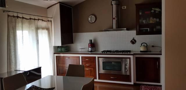 Appartamento in ottime condizioni arredato in vendita Rif. 7267283
