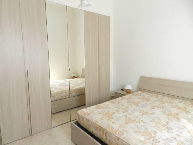 Appartamento in ottime condizioni arredato in affitto Rif. 7266097