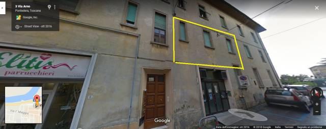 Appartamento in buone condizioni in vendita Rif. 7271575