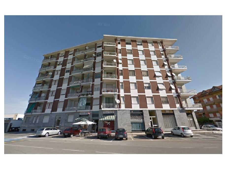 Appartamento in buone condizioni arredato in vendita Rif. 7267094