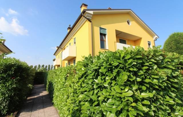 Appartamento in buone condizioni parzialmente arredato in vendita Rif. 7267580