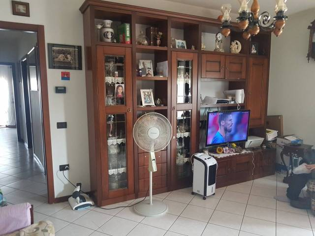 Appartamento in buone condizioni in vendita Rif. 7268777