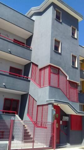 Appartamento in buone condizioni in vendita Rif. 7270125