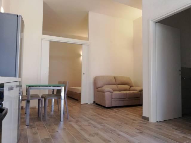 Appartamento in ottime condizioni arredato in affitto Rif. 7281285