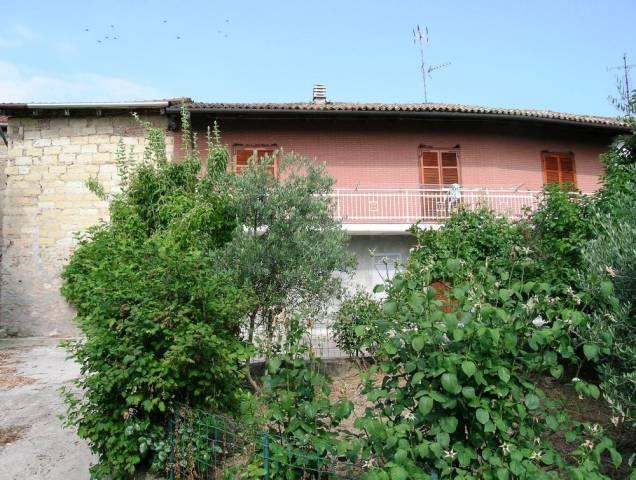 Soluzione Indipendente in vendita a Serralunga di Crea, 4 locali, prezzo € 100.000 | CambioCasa.it