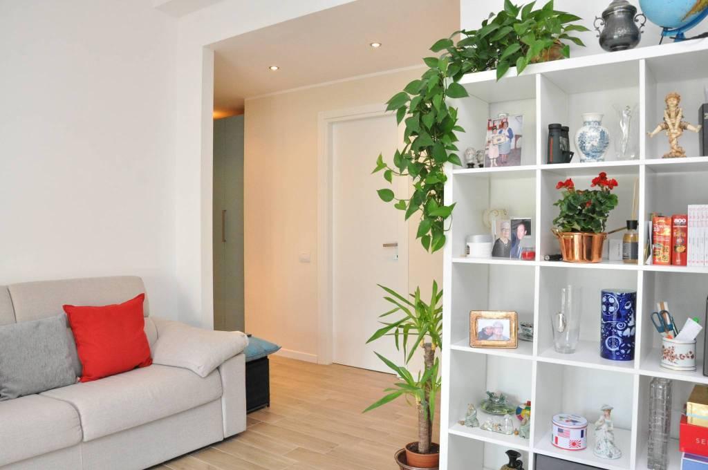 Appartamento in ottime condizioni arredato in vendita Rif. 7283551