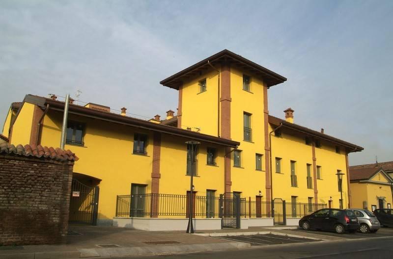 Appartamento in buone condizioni arredato in affitto Rif. 7279228