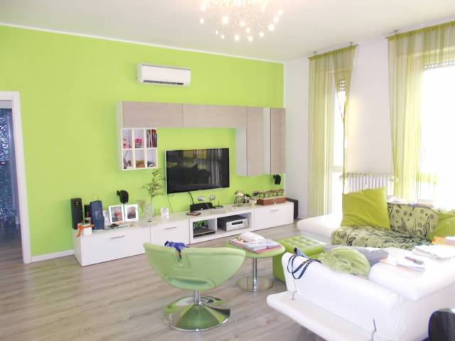 Appartamento in ottime condizioni in vendita Rif. 7284952