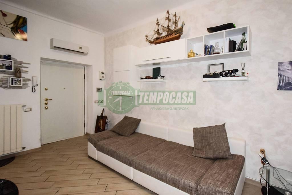 Appartamento in ottime condizioni arredato in vendita Rif. 7284870