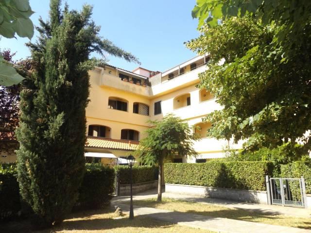 Appartamento in buone condizioni in vendita Rif. 7283836