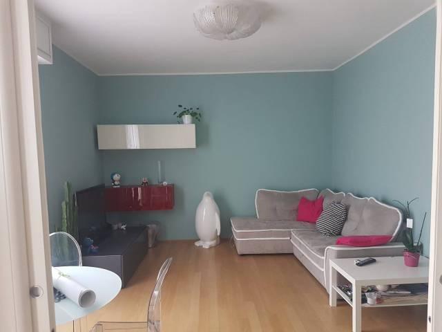 Appartamento in ottime condizioni parzialmente arredato in vendita Rif. 7282478