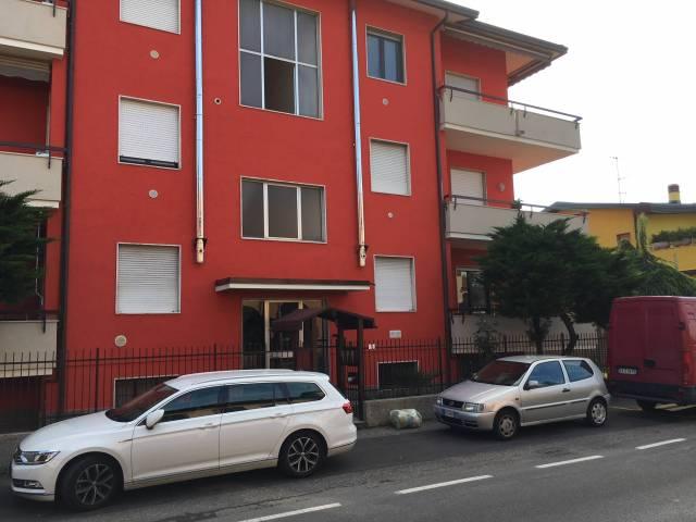 Appartamento in buone condizioni in vendita Rif. 7281033