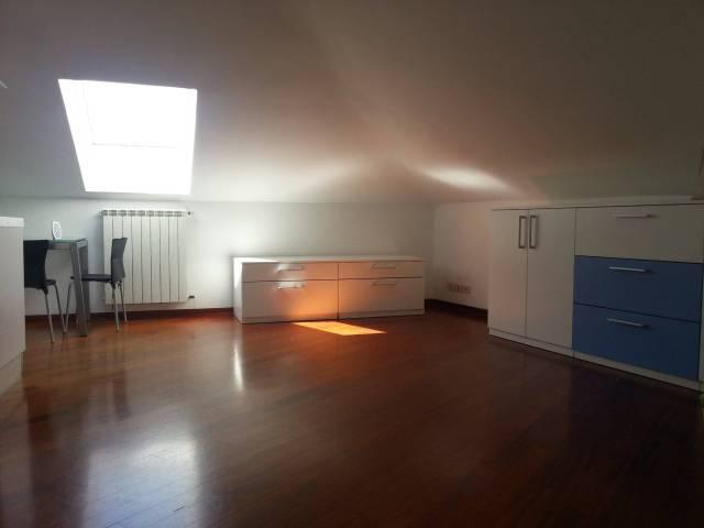 Appartamento in buone condizioni arredato in affitto Rif. 7279081