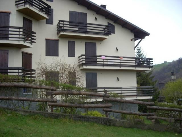 Appartamento in buone condizioni arredato in vendita Rif. 7283299