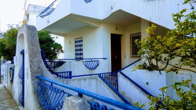 Villa in Vendita a Ginosa Centro: 3 locali, 73 mq