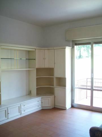 Appartamento in buone condizioni in vendita Rif. 7281055