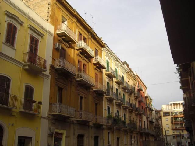 Appartamento in ottime condizioni arredato in affitto Rif. 7281998