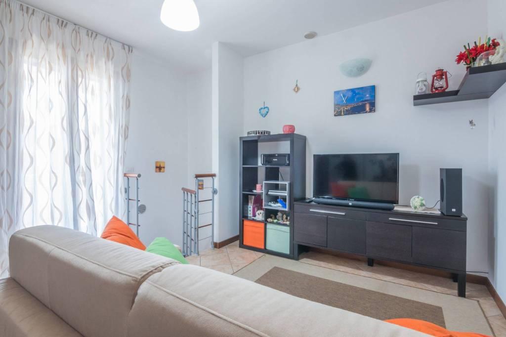 Appartamento in buone condizioni in vendita Rif. 7283822