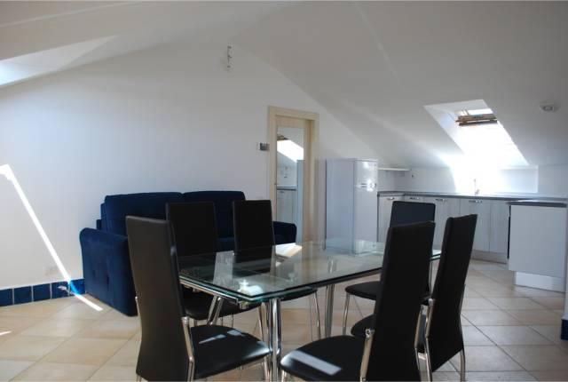 Appartamento in ottime condizioni in affitto Rif. 4517479