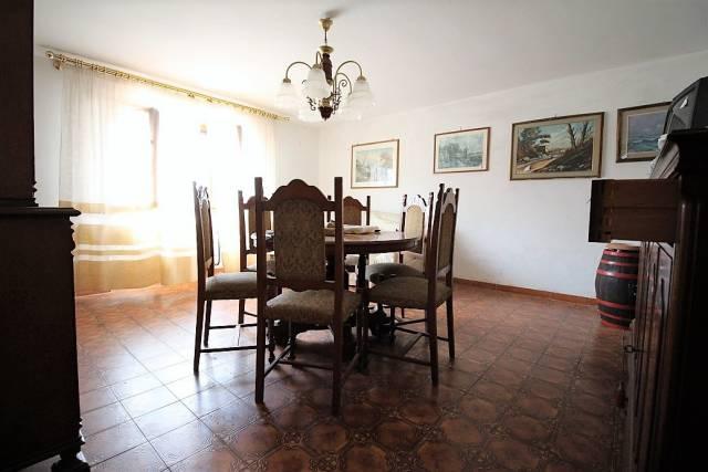 Appartamento in buone condizioni in vendita Rif. 7279009