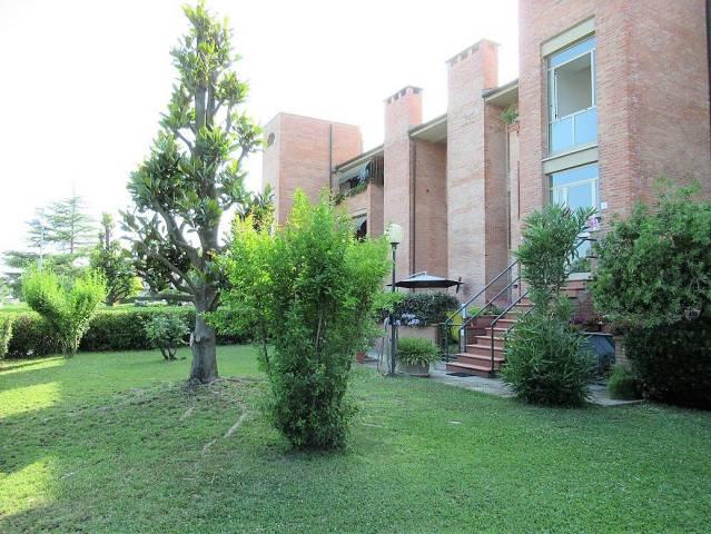 Appartamento in ottime condizioni in vendita Rif. 7279010