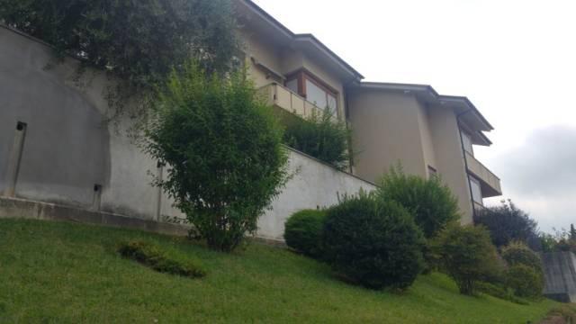 Appartamento in buone condizioni in vendita Rif. 7281281