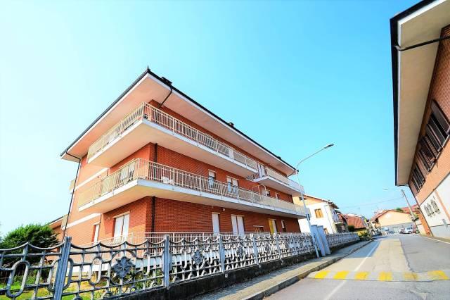 Appartamento in ottime condizioni parzialmente arredato in affitto Rif. 7284096