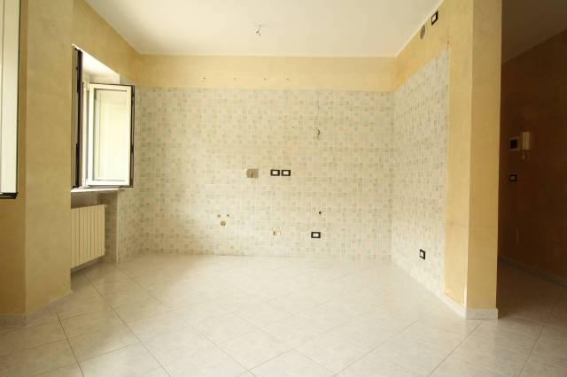 Appartamento in ottime condizioni in affitto Rif. 7215040