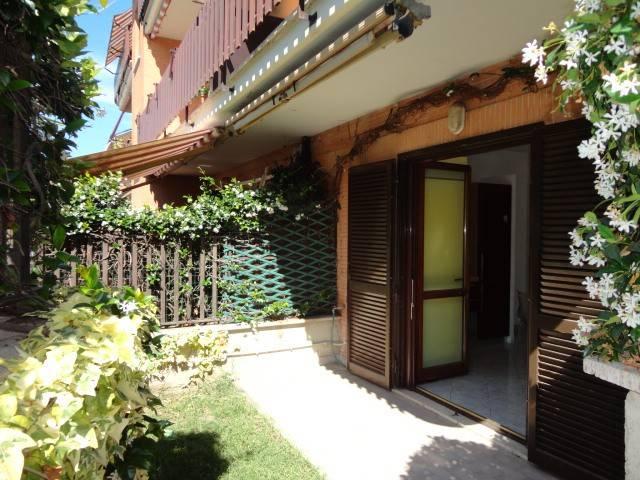 Appartamento in buone condizioni in vendita Rif. 7281050