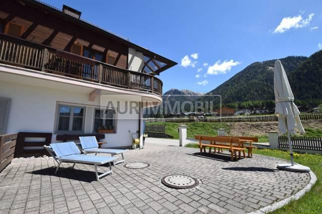 Appartamento in buone condizioni arredato in vendita Rif. 7280384