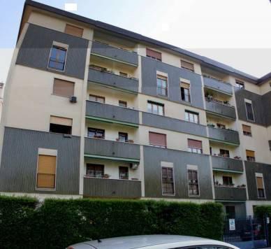 Appartamento in buone condizioni in vendita Rif. 7280233