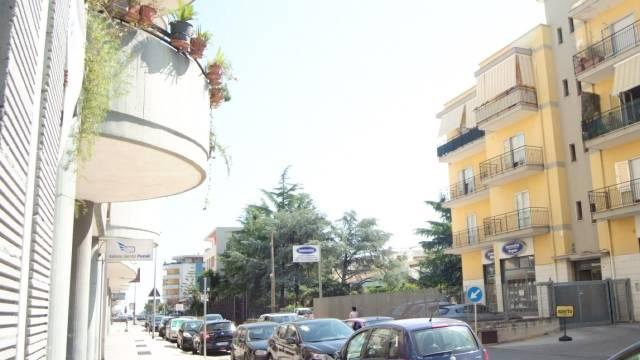 Appartamento in buone condizioni in vendita Rif. 7280826
