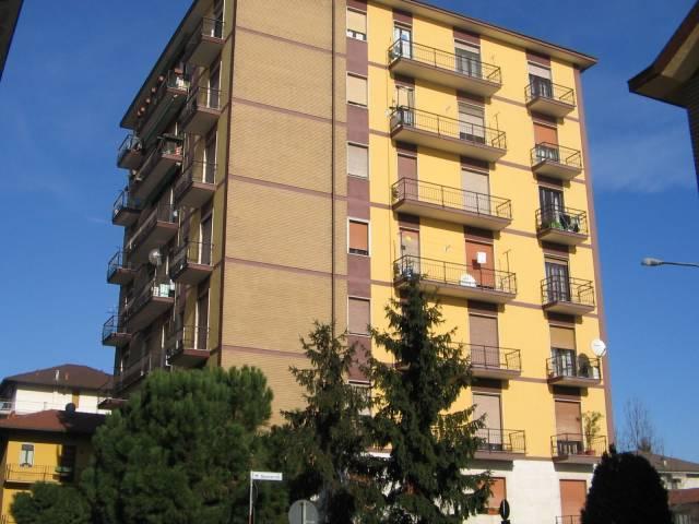 Appartamento in buone condizioni arredato in affitto Rif. 7295183