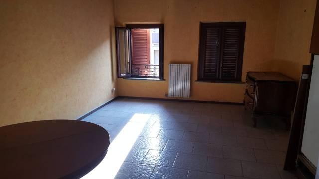 Appartamento in ottime condizioni parzialmente arredato in affitto Rif. 7295184