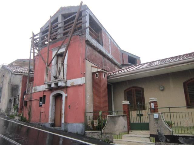 Casa indipendente Salita dei Saponari