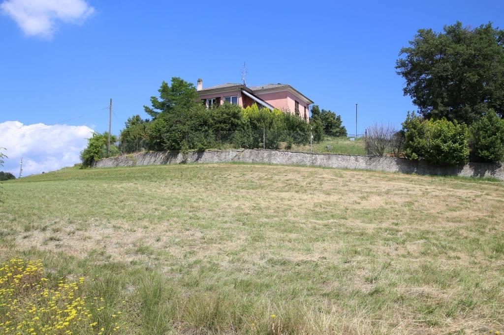 Villa in vendita a Piana Crixia, 10 locali, prezzo € 160.000 | PortaleAgenzieImmobiliari.it